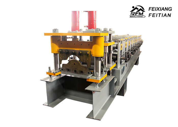 Popular Metal Roof Roll Forming Machine 0.3 - 0.8mm Thickness With Hydraulic Cutter